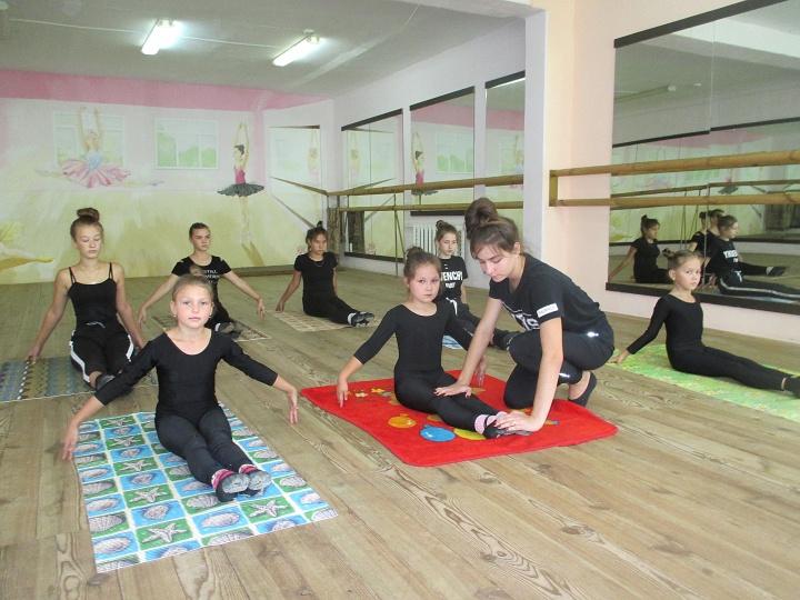 Будущий хореограф из Сурска ставит танцевальные композиции для зрителей
