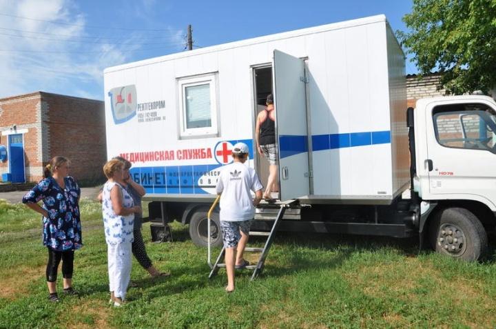 С 13 августа в Лопатинском районе работает передвижной флюорокабинет