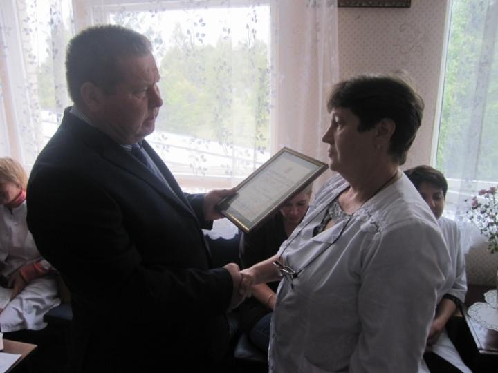 Благодарности Законодательного Собрания Пензенской области вручены лопатинским медикам