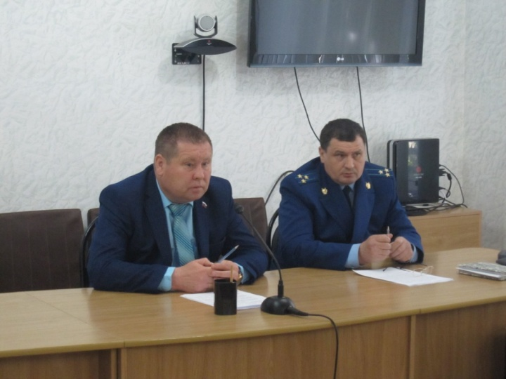 В Лопатинской райадминистрации состоялось очередное заседание межведомственной комиссии по профилактике правонарушений