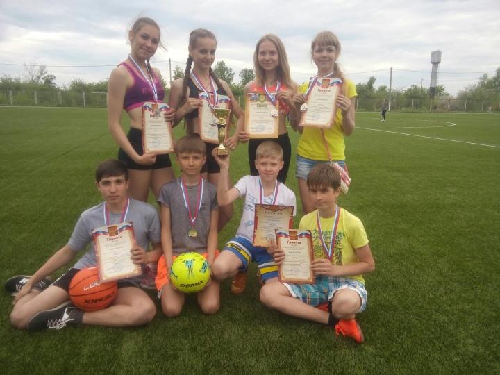 Лопатинские школьники стали серебряными призёрами областного этапа Всероссийских соревнований школьников «Президентские состязания»