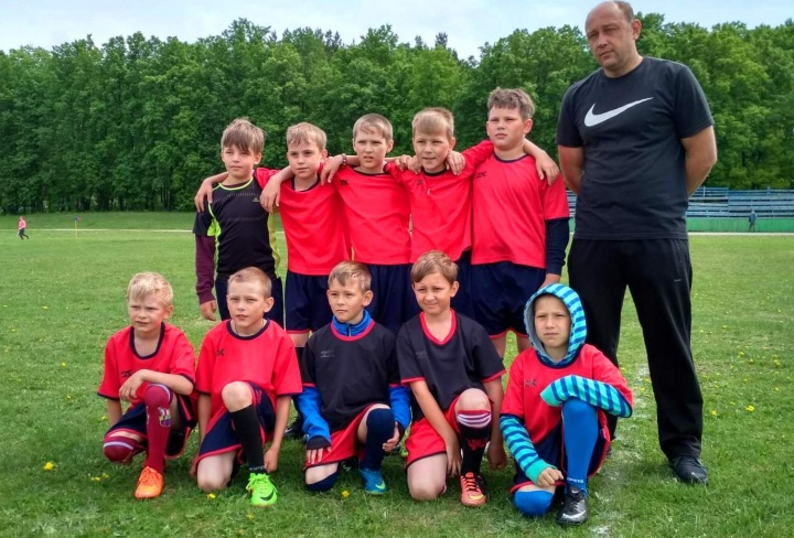Лопатинские футболисты показали хорошую игру