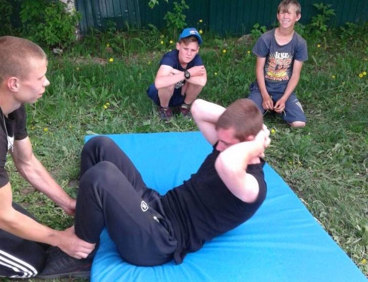 Лопатинские школьники сдавали ГТО