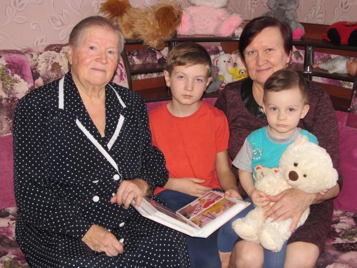 Нина Ивановна Янина из посёлка Владимирский, скоро будет отмечать достойный юбилей