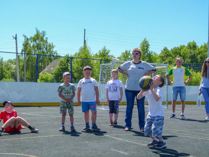 В Лопатине прошла районная спортивная олимпиада для детей