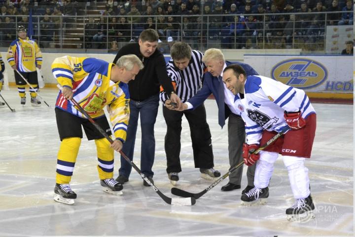 ВПензе чиновники сыграли вхоккей вподдержку Putin Team