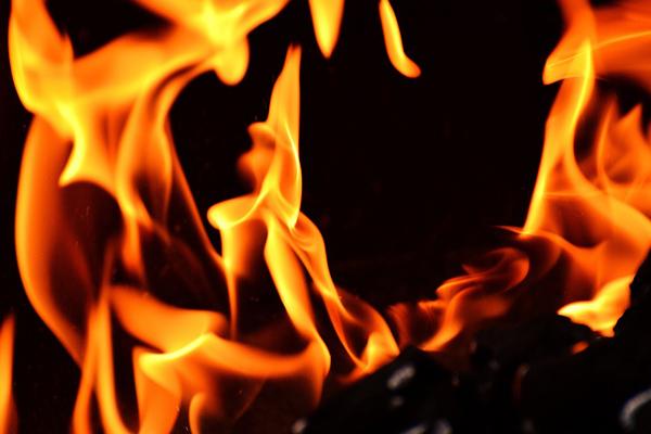 В итоге ночного пожара вПензе умер мужчина