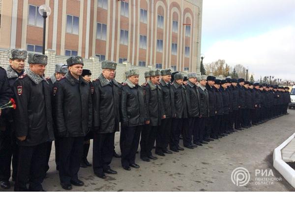 ВПензе открыли мемориал погибшим сотрудникам МВД